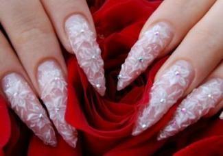 Акрилові нігті