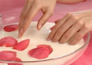 Маски для нігтів в домашніх умовах