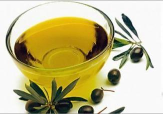 Оливкова олія для нігтів