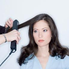 Випрямлення волосся: вдома і в салоні
