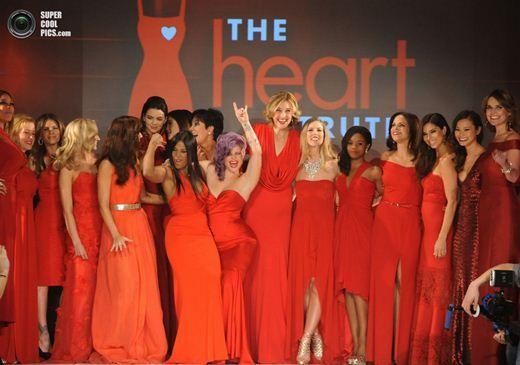 Знаменитості в червоному перед відкриттям тижня моди в нью-йорку